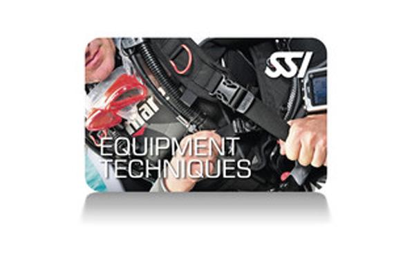 Il corso Equipment Techniques SSI ti insegnerà a scegliere, tenere in buono stato di manutenzione e stivare il tuo Sistema Totale d'Immersione. Ciò ti assicurerà buone prestazioni e longevità della tua attrezzatura. Riceverai la certificazione Specialty Equipment Techniques SSI.